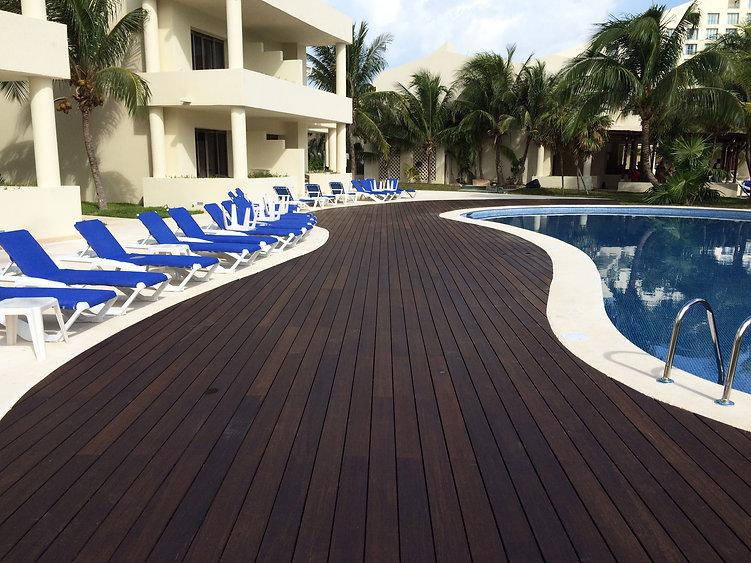 MOSO X-Treme Decking -Pool Resort_HR (4)