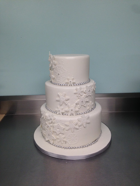 Winter Wonderland Sweet 16 Cake