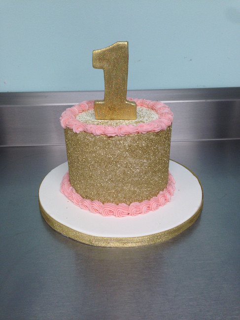 Buttercream First Birthday Smash Cake