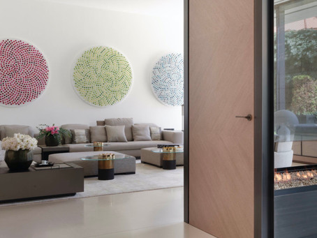 5 Reasons To Hire An Art Consultant For Your Next Interior Design Project