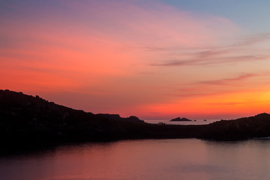 Scilly Rock sunset 7625 EM.jpg