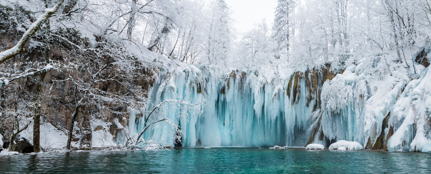 Upper Lakes waterfall 0265 EM.jpg