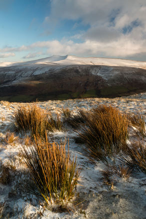 Brecon Beacons winter 1708-2 EM.jpg