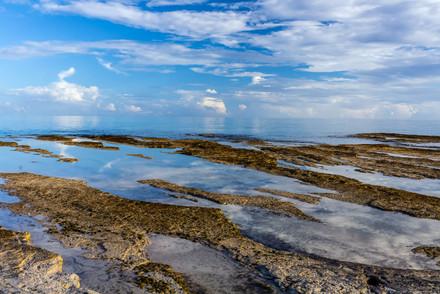 Little Water Cay shoreline 1498 EM.jpg