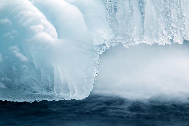 Ice waterfall 0496 EM.jpg