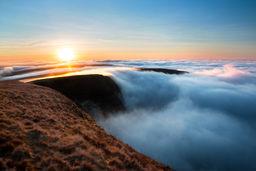 Brecon Beacons cloud inversion 0528-4 EM