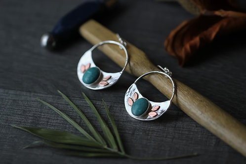 Hammered silver earrings with Turquoise Howlite and copper