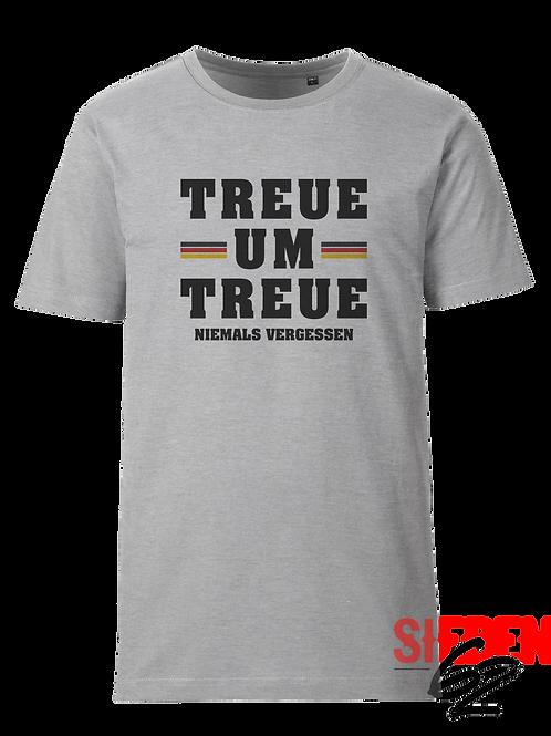 """""""TREUE UM TREUE - NIEMALS VERGESSEN"""" Shirt"""