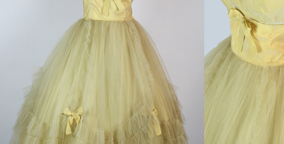 Vintage 1950s Princess Dress Gold Yellow Sweetheart Neckline M