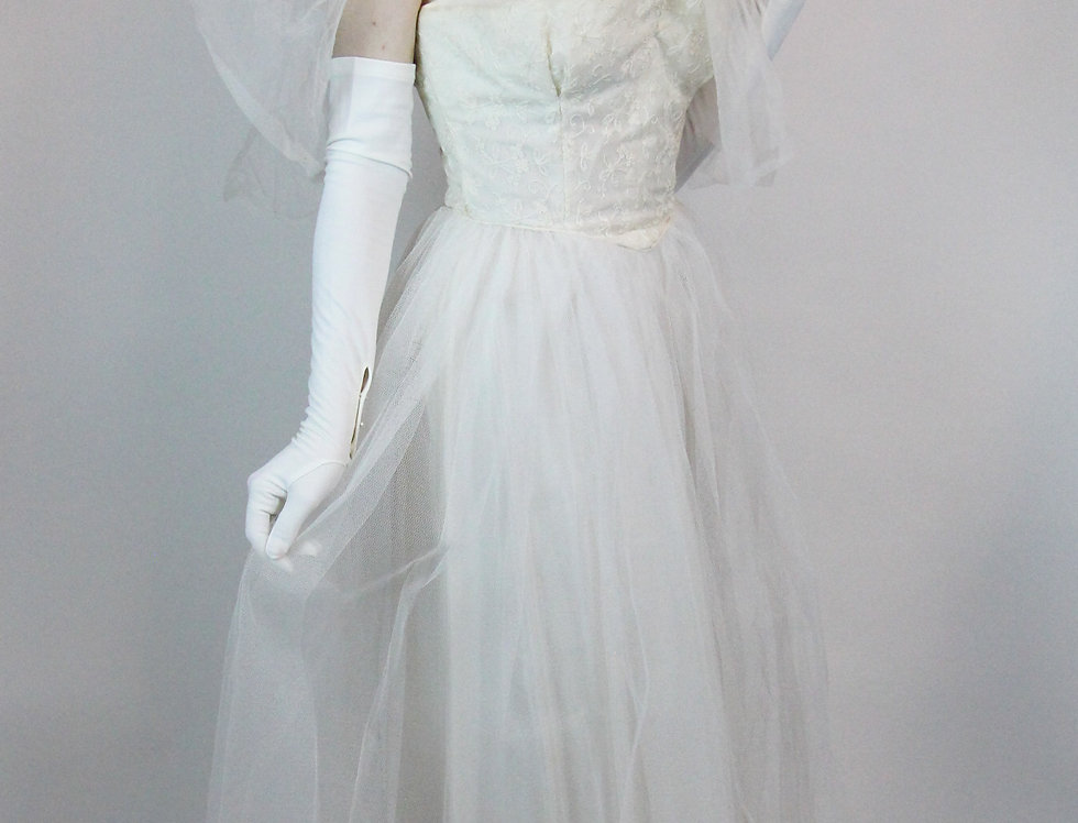Vintage 1940s 50s Strapless Lace & Tulle Wedding Dress Gown with Matching Cape S