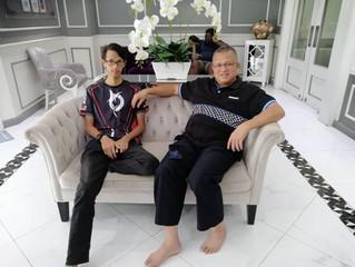 Terima kasih kepada En Mohd Saidi dan anak nya Ahmad Edlan yang datang dari Johor,kerana sudi memili