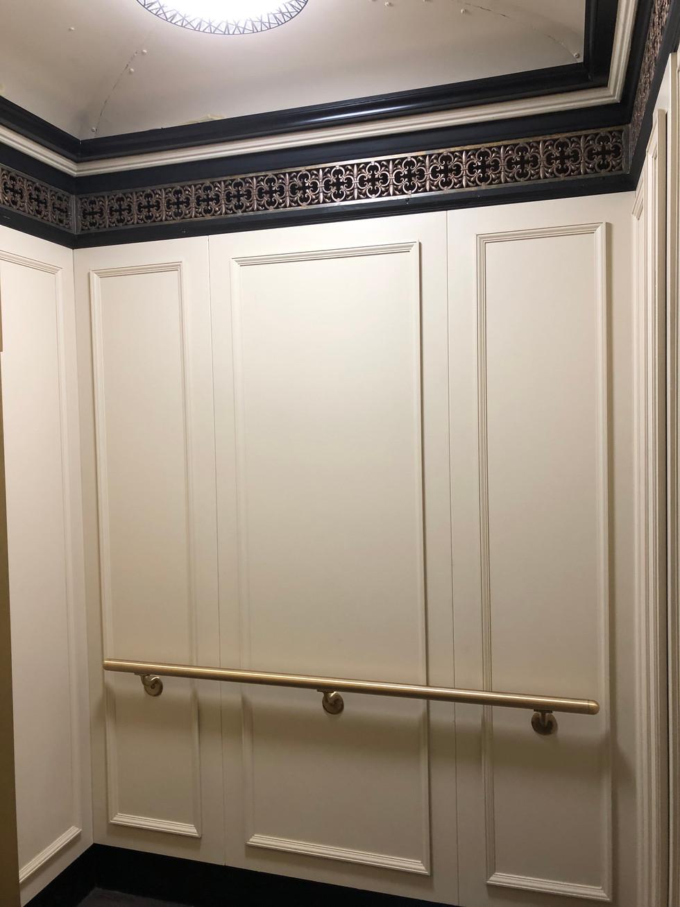 401 Fullerton - Elevator Interior