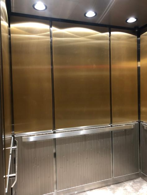 3410 Lakeshore Dr - Elevator Interior