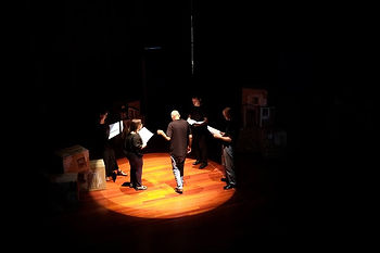 Grupo de teatro o salto , saúde mental