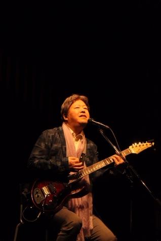 横浜O-SITEでのライブと同時に、生配信をしました。
