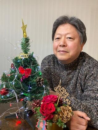 約束の花とツリー入りの写真です
