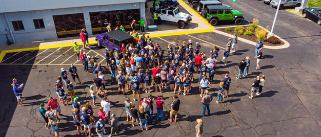 Jeep Creep Crowd.jpg