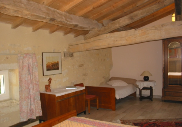 Adrien room - a pulled bed for two persons