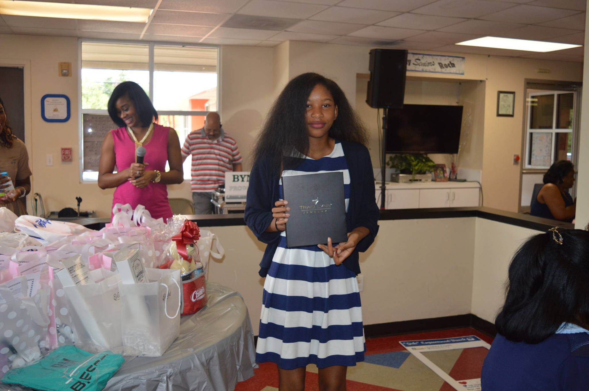 Gift Sponsor Winner - Traci Lynn