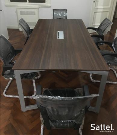Mesa de reuniones Gpower