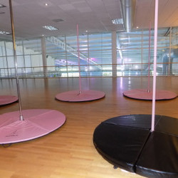 Crawley Pole Fitness (2)