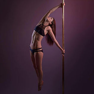 Angela_Walker_pole_passion.jpg