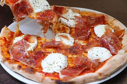 pizza bufalina rustica.jpg