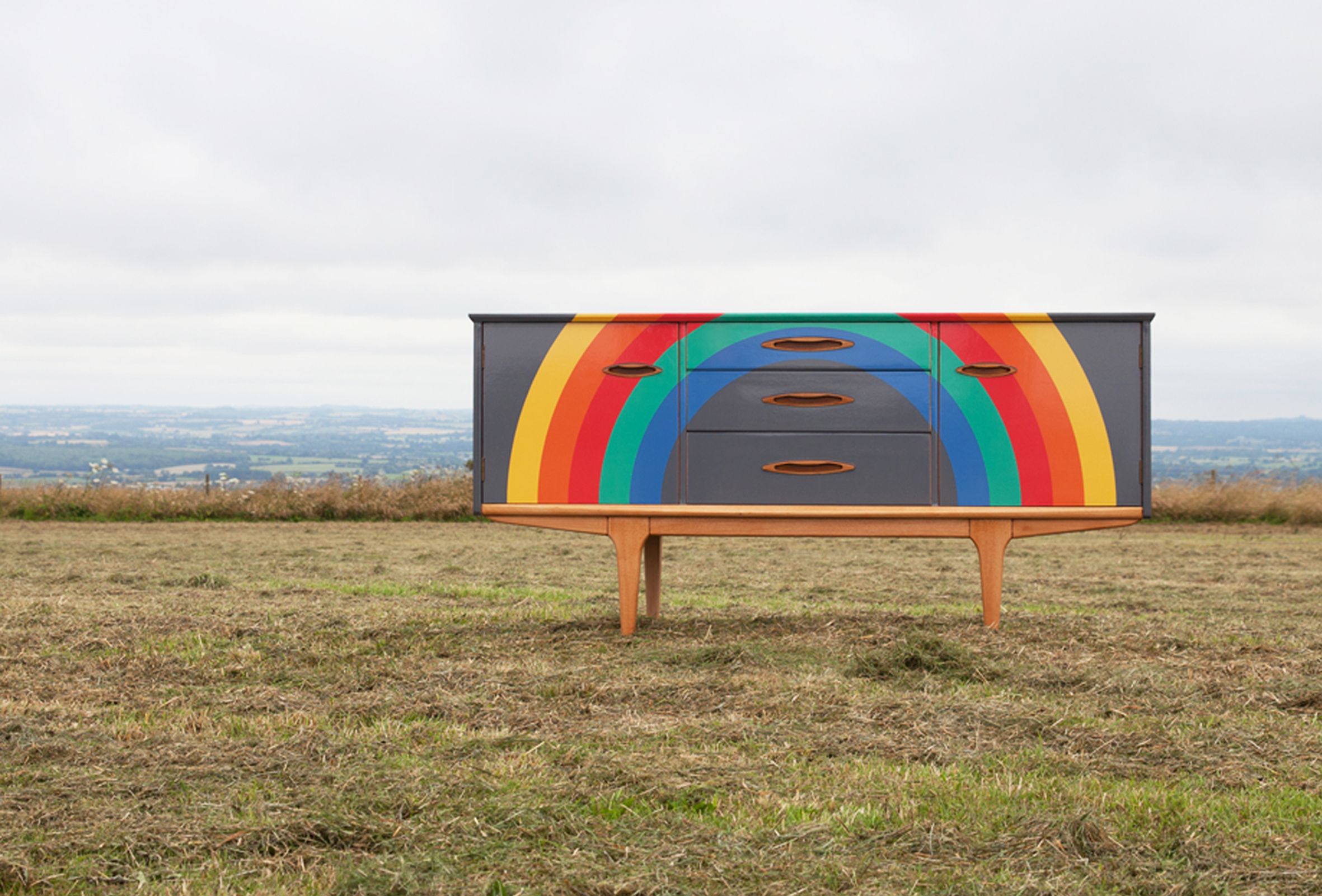 Rainbow_Sideboard_Hillside