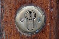 door-lock-391436_1280.jpg