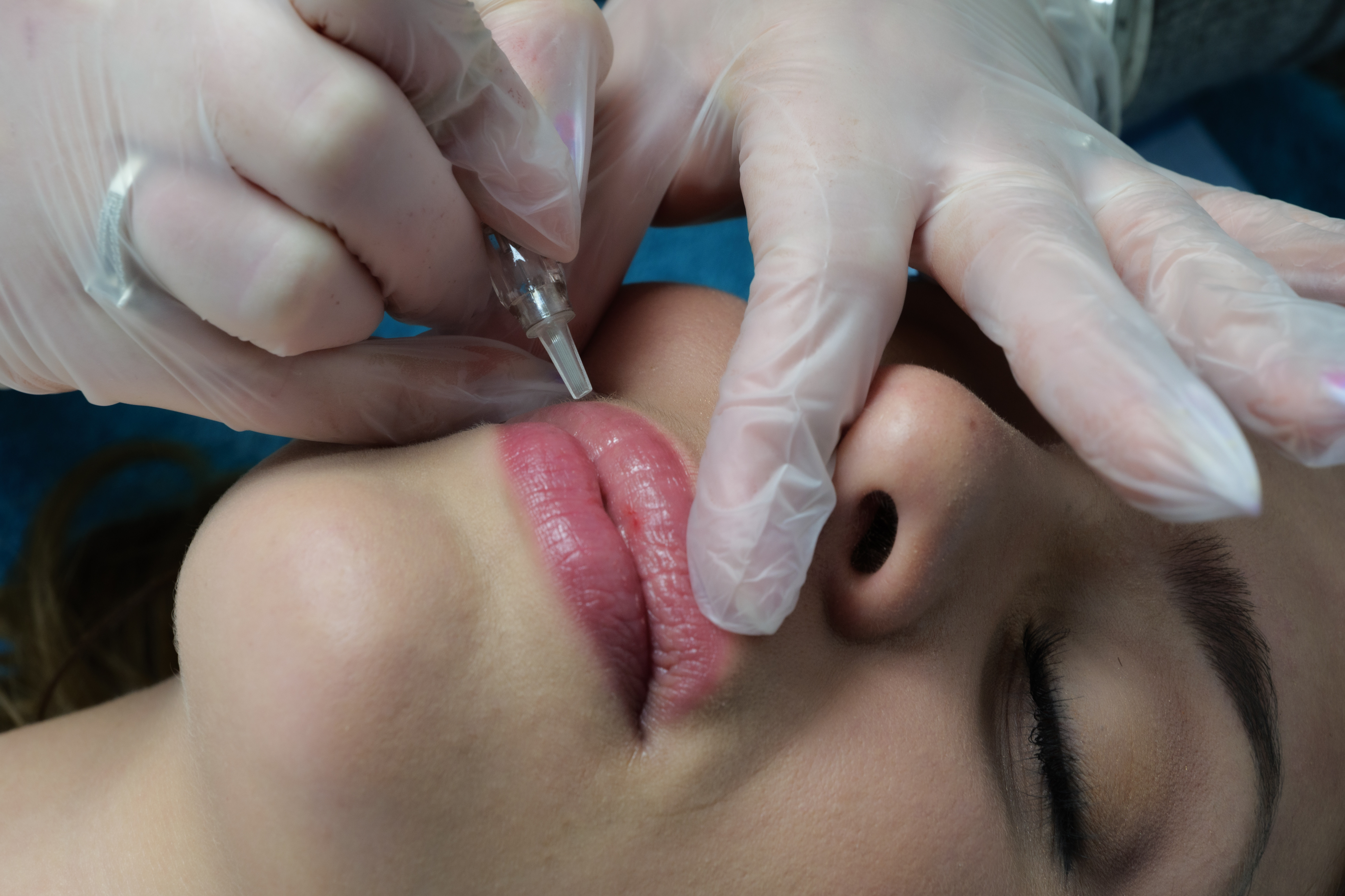 Maquillage Permanent, Microblading