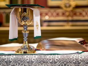 Carta ao jovem católico sozinho na Missa