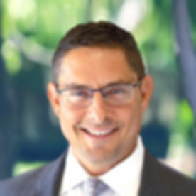 Headshot - Attorney - Tony Vieira_edited_edited_edited.jpg