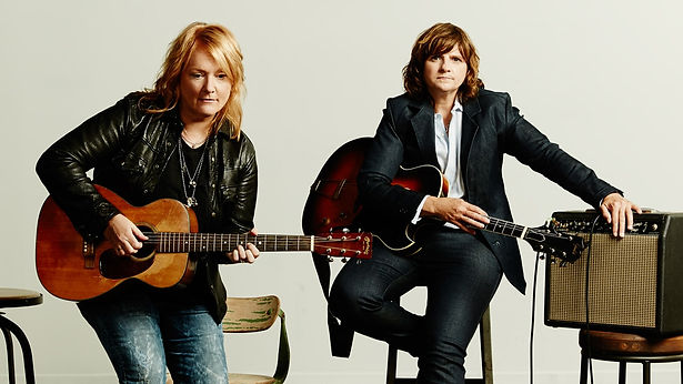 Indigo_Girls_351-Retouched_HIGHRES_2.jpg
