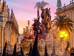 Moros i Christianos — odkryj hiszpańskie święta i tradycje