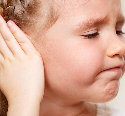 cuerpos extraños en oídos de niños