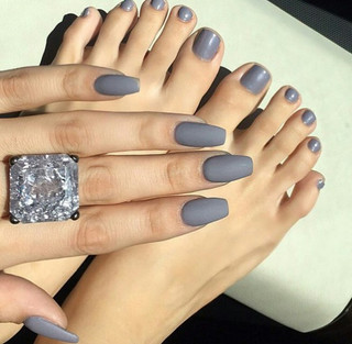 gel nail on hand and feet.jpg