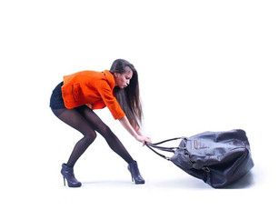 🇮🇹 Borse a tracolla e postura: come si evitano i danni?