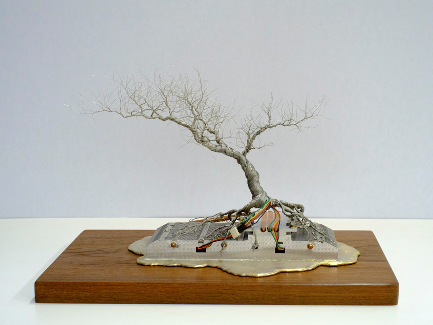 「鐵樹 V」Metal Tree V