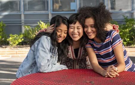 NEW & NOTEWORTHY: One Season Netflix Originals You Can Binge This Weekend