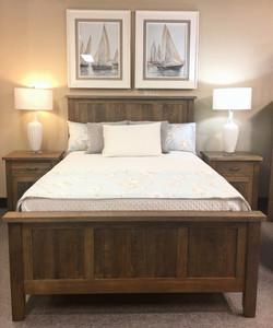 Oak Island Bed