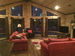 Log Home Cabin Greatroom Livingroom