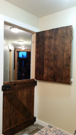 Split-level Barn Door