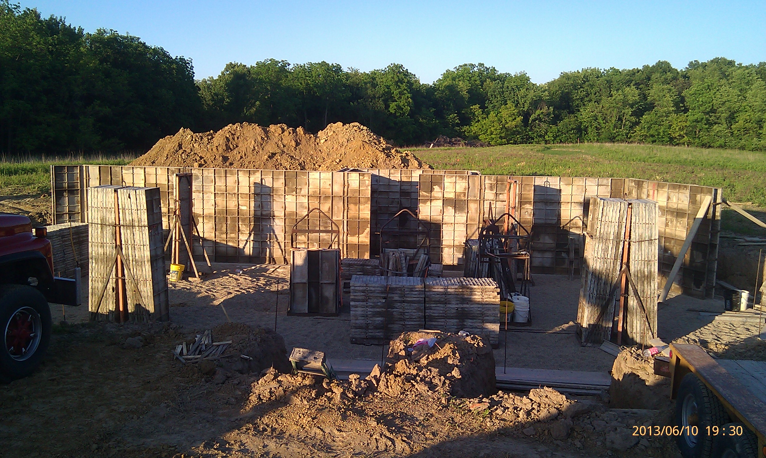 Forming the back wall
