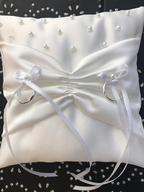 Richmond Pearl Ring Pillow Ivory/White