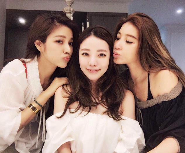 年輕的台灣女人母親姐妹