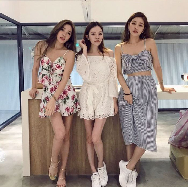 youthful-taiwanese-woman-mother-sisters-