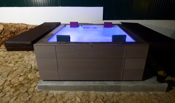 Jacuzzis and Spas