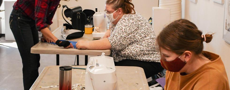 Moss Bag Workshop with Leah Marie Dorion and Bonny Johnson, 2021