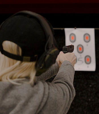 Female Friendly Indoor Shooting Range Gun Shop NW Women's Shooting Network Everett Washington West Coast Armory North