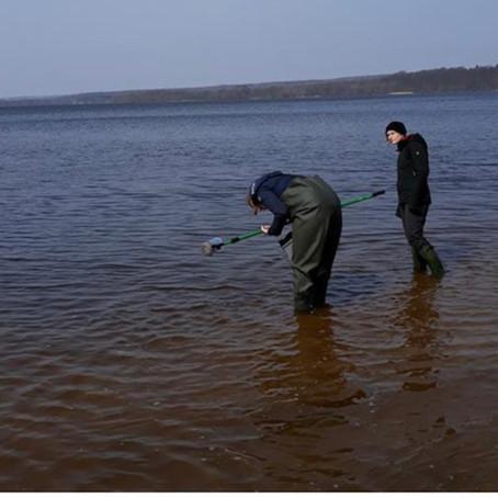 Microplastics in lakes